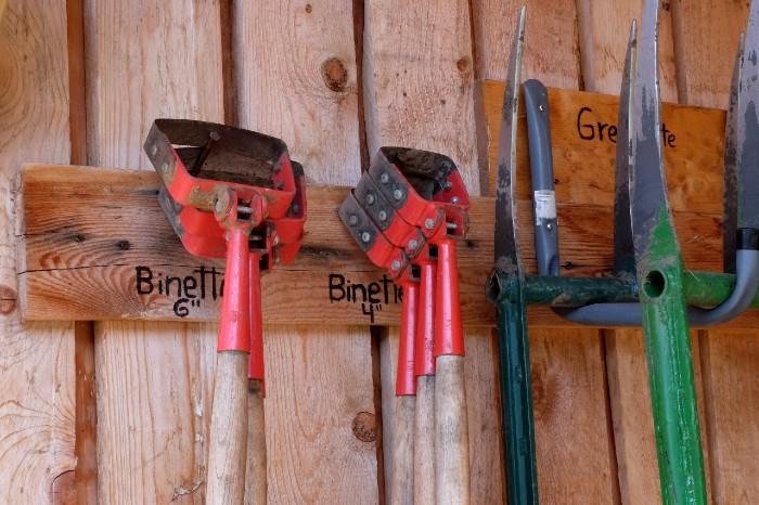 Chaque outil devrait avoir un rôle spécifique à jouer sur votre ferme. / Crédit: Caroline Cloutier